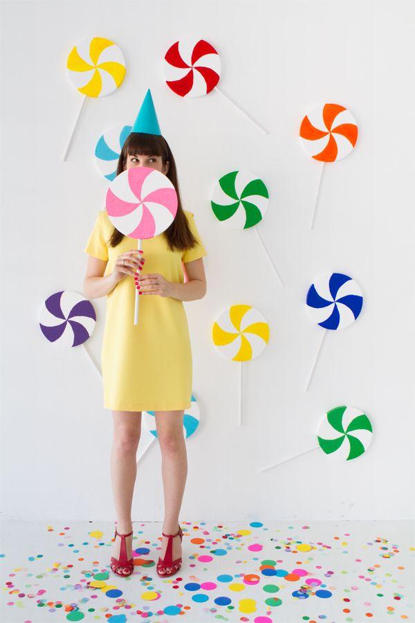 DIY Giant Lollipop Backdrop | Oh Happy Day! | Bloglovin'