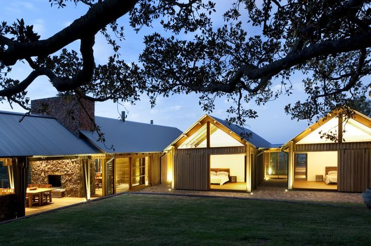 Jamberoo Farm House by Casey Brown Architecture 02