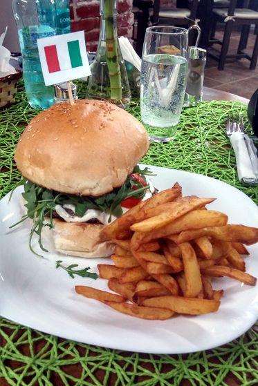 Hamburger Italian Delicious Times