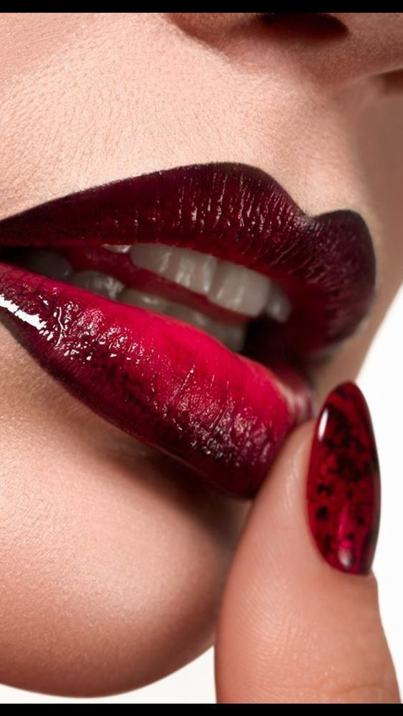 Pin By Darrius On Lips In 2019 Dark Red Lips Glossy Lips Lip