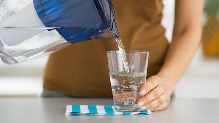 6saker som händer när du dricker ett glas vatten före frukost!