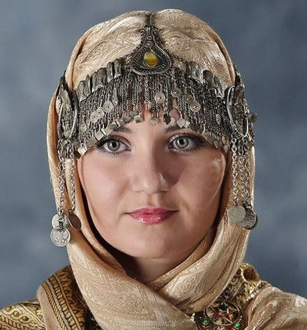 A traditional festive headgear from Dagestan, ca. 1900.