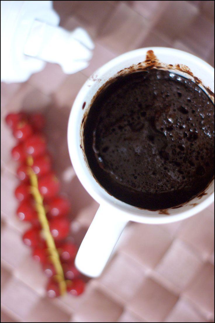 mug cake fondant ultra chocolat mes recettes sucr e pinterest micro ondes p tisserie et ondes. Black Bedroom Furniture Sets. Home Design Ideas