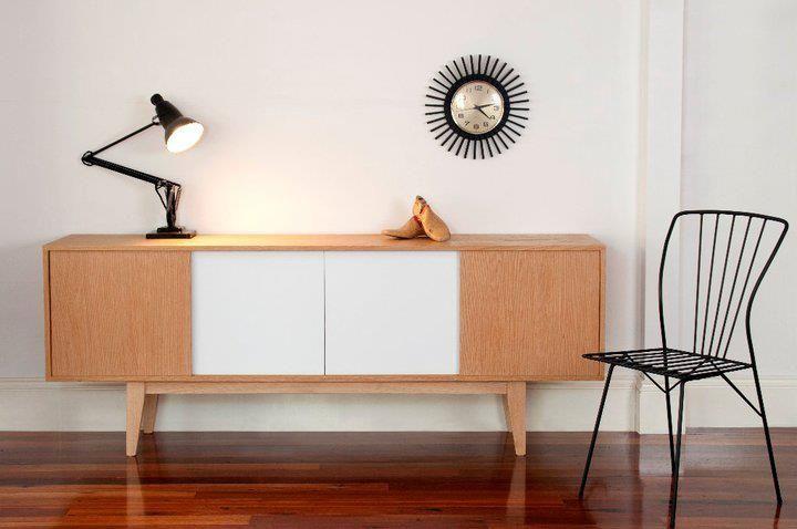 Ideal para guardar y decorar el espacio.