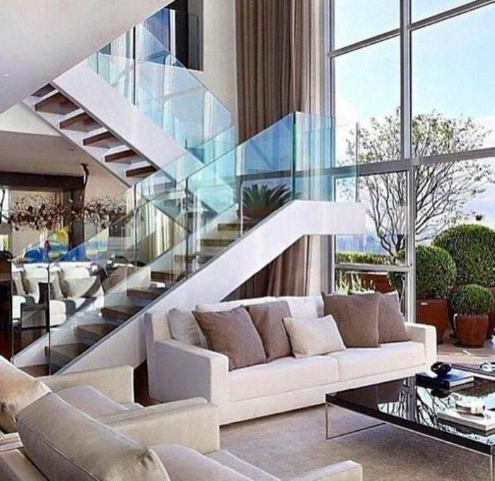 Treppe mit Glasgeländer für schickes Interieur | houses | Haus ...