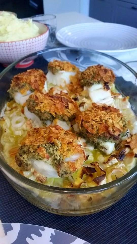 Cornflakesfisk, dillsås & potatismos