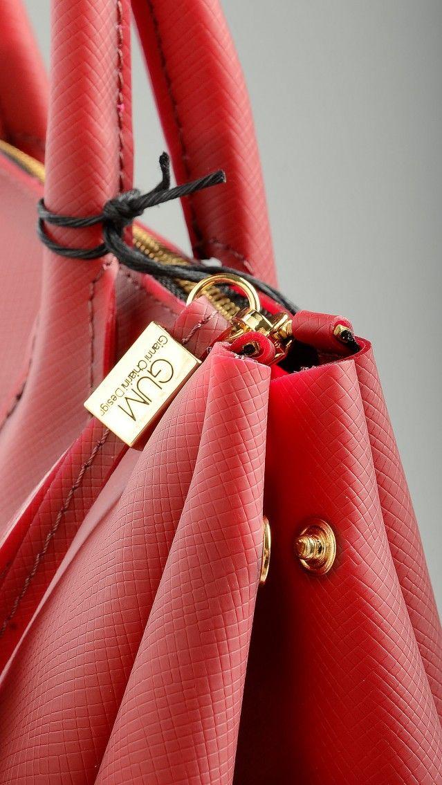 Gum by Gianni Chiarini - Medium size plain burgundy tote