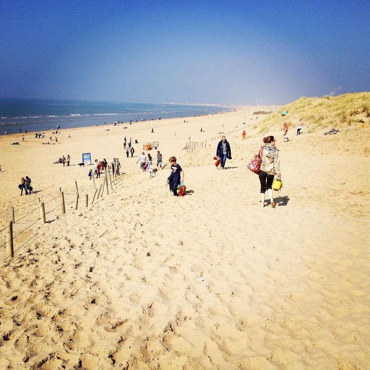Sunny afternoon at the beach. #parnassia #beach #bloemendaal #nl