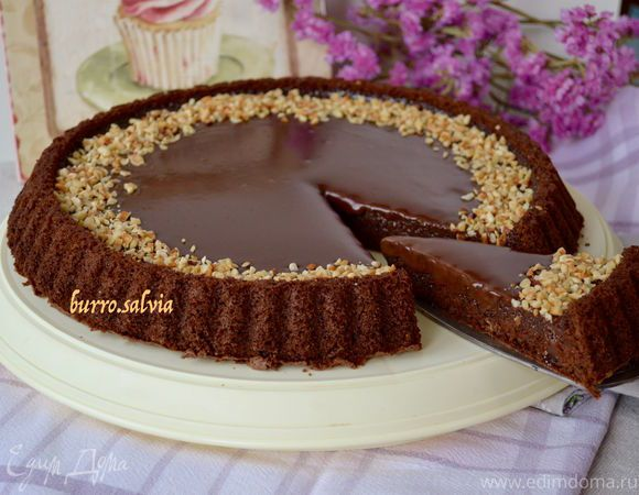 Итальянский шоколадный торт «Джандуйя» Вкусный и легкий в приготовлении торт особенно понравится любителям шоколада. Этот воздушный, пропитанный десерт с ореховым вкусом станет хорошим дополнением к вечернему чаепитию. Угощайтесь! #готовимдома #едимдома #кулинария #домашняяеда #торт #десерт #чаепитие #кчаю #итальянский #шоколадный #джандуйя #угощение #ореховый #вкус