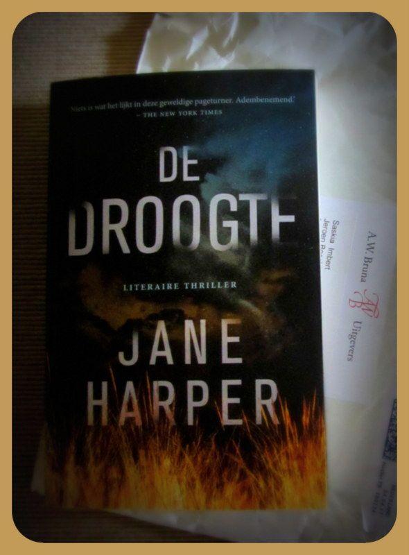 Voor Hebban mag ik weer een boek lezen! 'De droogte' van Jane Harper leest héél vlot, best spannend ook! #Hebbanbuzz
