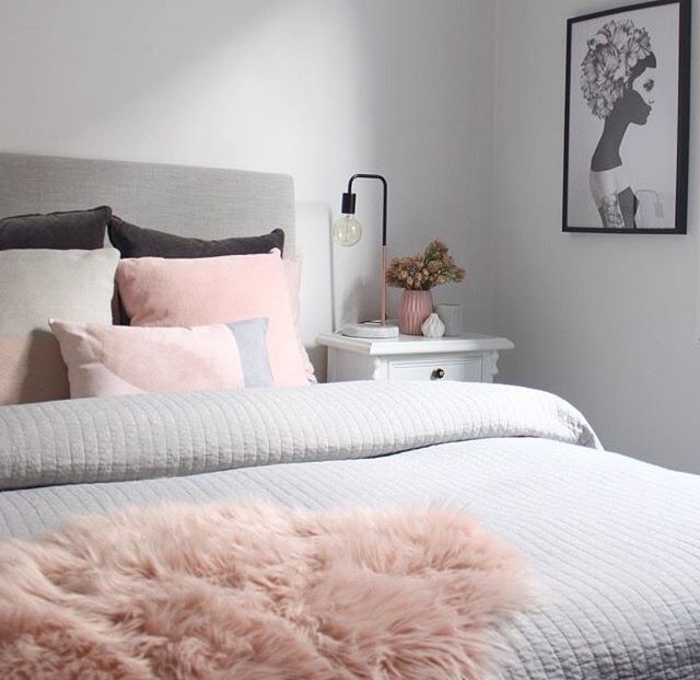 White and pink bedroom tumblr images for Light pink bedroom ideas