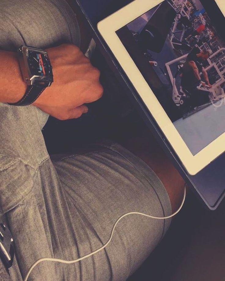 �� #photooftheday #travel #world #train #ipad #hermes #monaco #tagheuer #audemarspiguet #dayliwatch #watches #hilfiger #hamburg #prayformanchester #instagood #instadaily #nike #adidas #xplr #white #likeback http://tipsrazzi.com/ipost/1521719138656207366/?code=BUeO36DhEIG