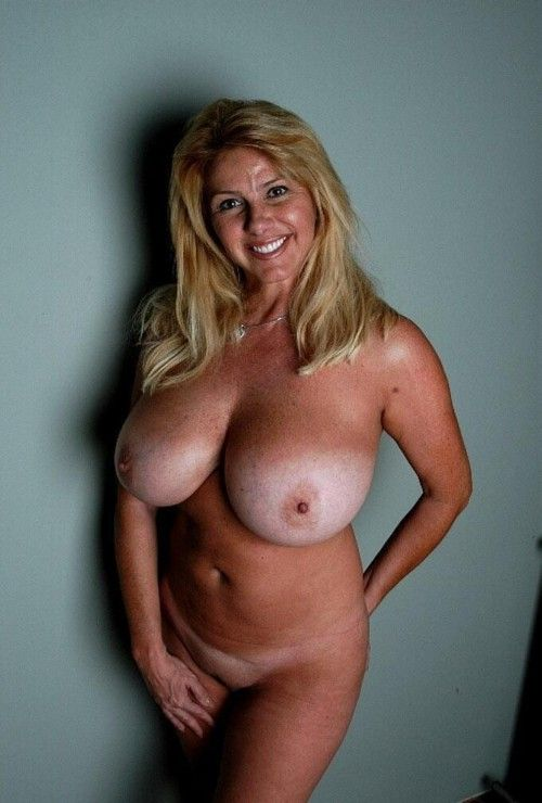 Blonde wife pussy videos