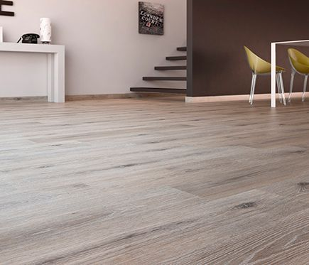 Suelo laminado artens line oak smoked leroy merlin my for Suelos leroy merlin