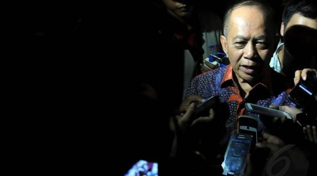 Jakarta - Wakil Ketua Umum Partai Demokrat Syarief Hasan meminta Presiden Joko Widodo atau Jokowi, mengungkap dugaan adanya aktor politik d...