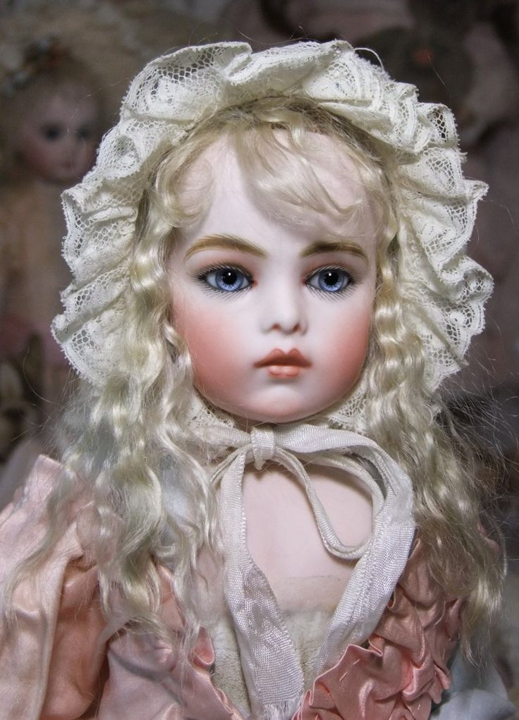 MY MOM MADE MANY OF THESE DOLLS ...Bebe Bru by Sayuri.........What a Gorgeous Face !!