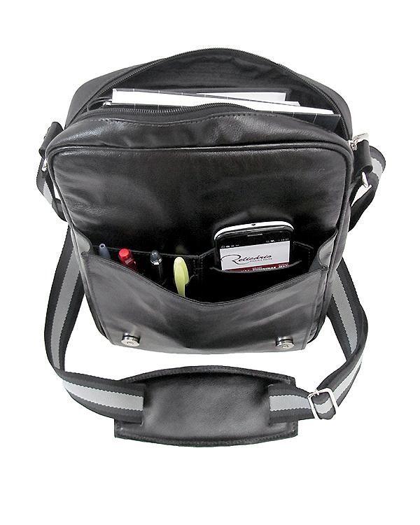 Apolo é uma bolsa carteira de couro legítimo versátil e despojada.Entre em nossa loja para conferir outros modelos de bolsas masculinas.
