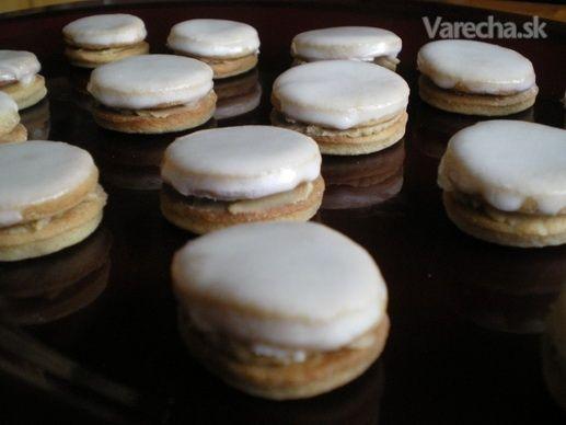 Kávové zliepané koláčiky (fotorecept)