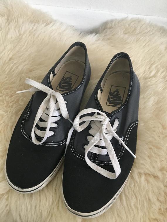 Vintage Vans Shoes Black White Grey Classic Low Top Vans Skateboarding Skater Sneakers Vans 1990s Lace Up Shoes Retro Boho Womens Size 8 In 2020 Black Shoes Vintage Vans Vans Shoes