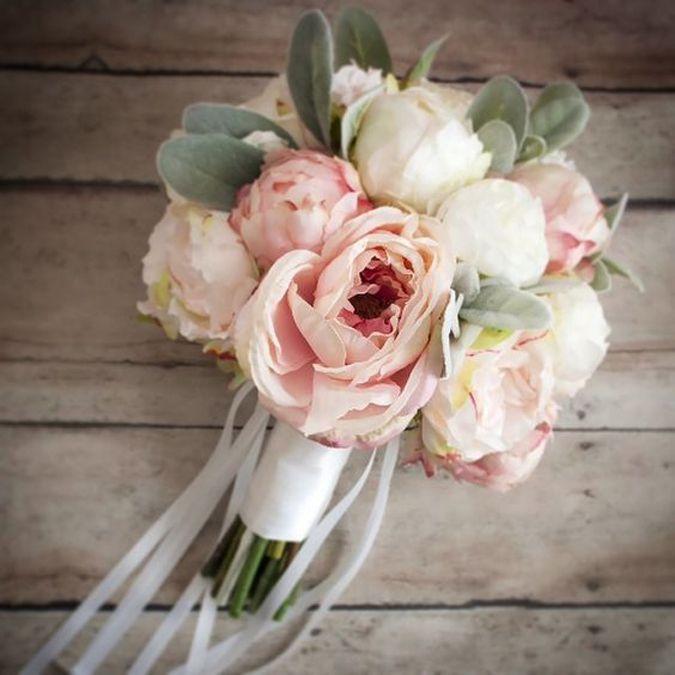 Články Čo o vás napovie svadobná kytica?   všetko, čo nevesta potrebuje, je teraz na webe