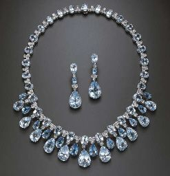 A SUITE OF BLUE TOPAZ AND DIAMOND JEWELRY