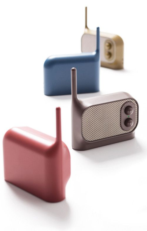 """Mezzo is a minimalist design created by France-based designer Ionna Vautrin. Mezzo is a small radio with a vintage touch, It's basic controls associated to a voluptuous shape give """"Mezzo"""" a familiar and endearing air. It comes in four colors to match any room in the house. (4)"""