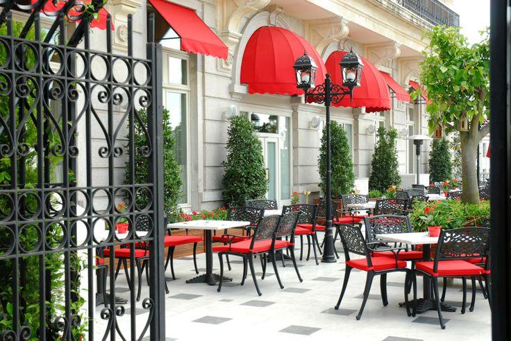 Orient Bar Terrace Entry