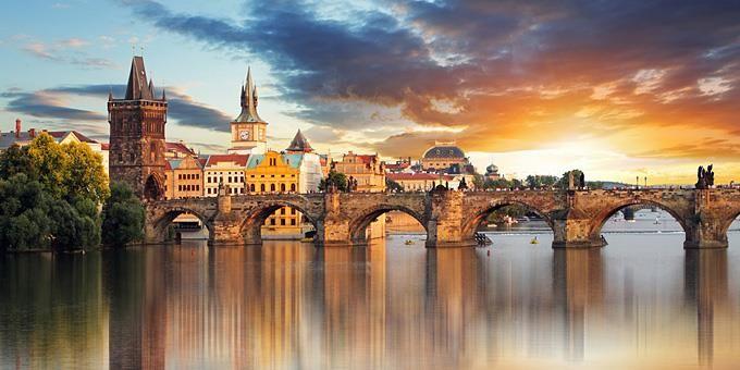Η Πράγα δεν είναι πόλη, είναι έρωτας