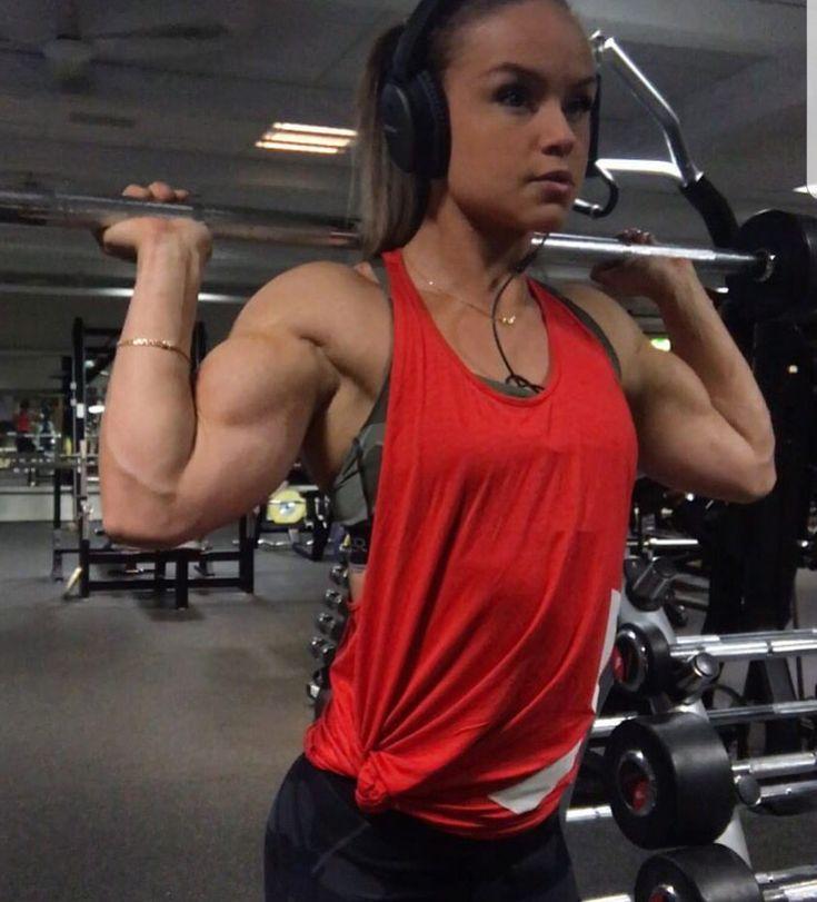 MuscleAngels.com: Female Bodybuilders, Muscular Women ...