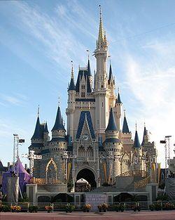 Cinderella's Castle   LOVE ME SOME DISNEY