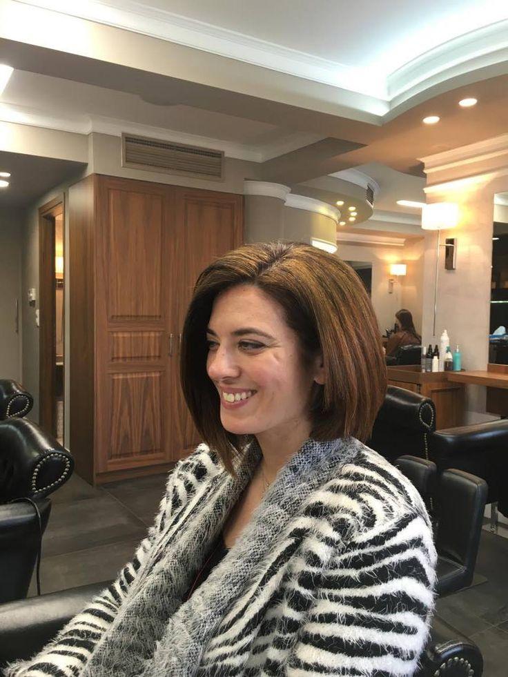 Τα καρέ μαλλιά ταιριάζουν σε όλα τα στυλ και τα αναδεικνύουν με τον καλύτερο τρόπο. #χτενισματα #καρεμαλλια