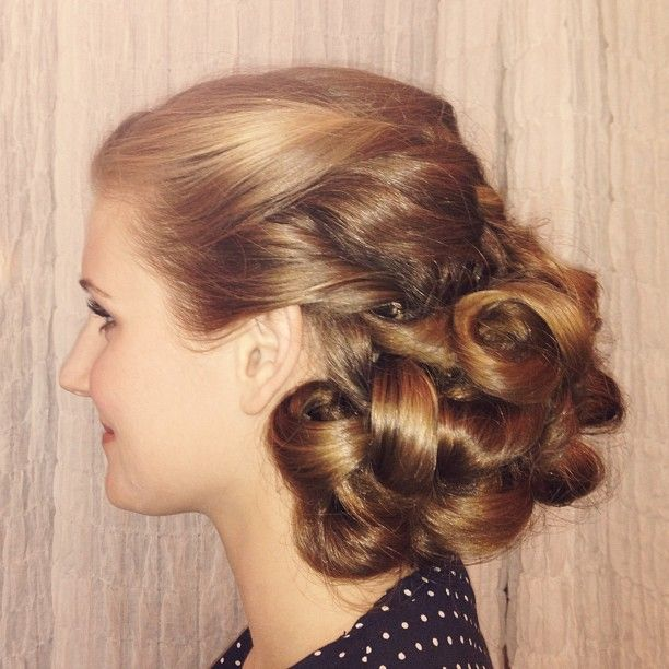 #bridal #updo by @lillimason for the lovely Stevie