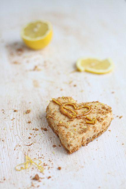 caramel fudge mascarpone lemon cheesecakes