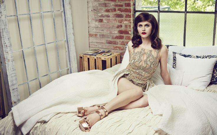 People 1920x1200 Alexandra Daddario women actress dress legs red lipstick blue eyes celebrity in bed