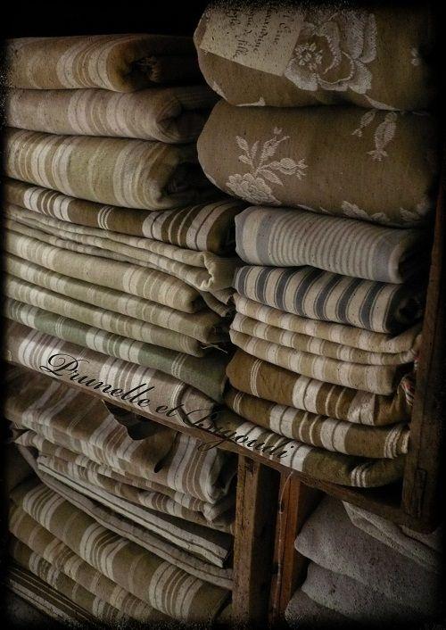 Prunelle et Bigoudi. Fabrics.