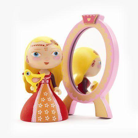 Amazon.com: Nina & the Mirror by Djeco: Toys & Games