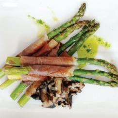 "Camelina Roasted Asparagus #Recipe from @Jan Dona. Team EV says, ""We ♥ asparagus season."""