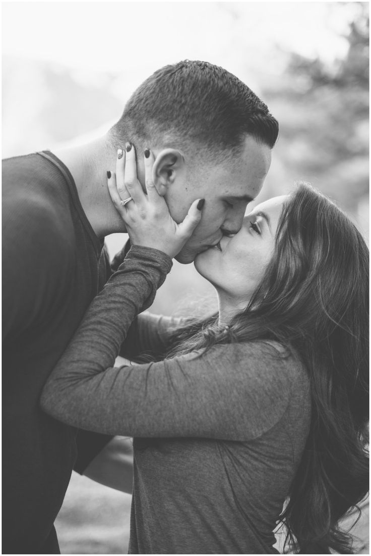 wedding, wedding portraits, lake arrowhead wedding, san moritz wedding, pine rose wedding, military engagement, military, fiance, bride, groom, engagement, love, portraits, kiss, lake arrowhead, oak glen, crestline, california mountains, engagement ring, winter engagement, tall groom, short bride