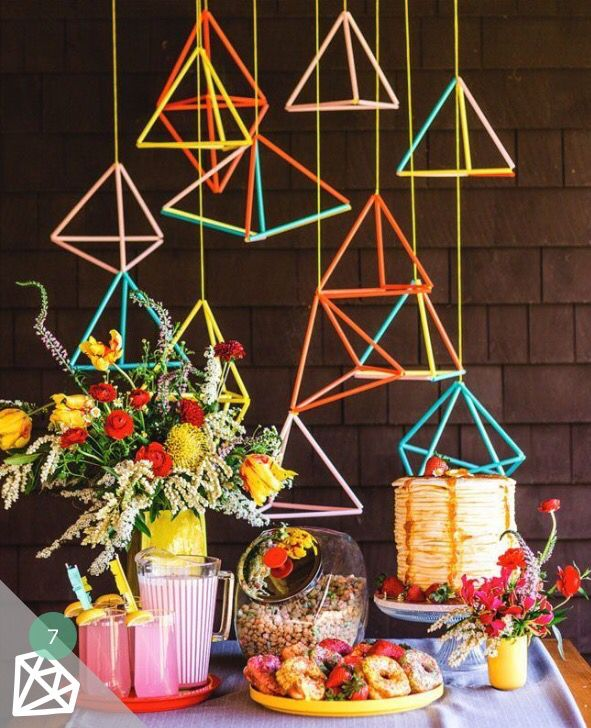 easy peasy plastic straw decoration for a party