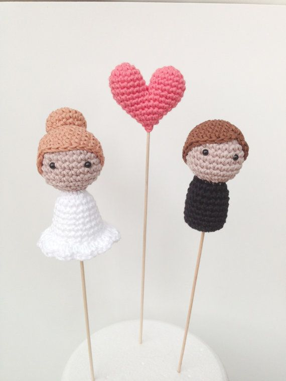 Wedding Cake Toppers Bride Groom and One Heart by MarigurumiShop