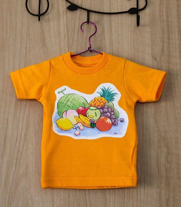 装飾用のミニTシャツです。(※黄色いプラスチックハンガー付きの'ミニT'とは違うサイズです。)アイロンプリントし、布用絵具で縁取り(ホ...|ハンドメイド、手作り、手仕事品の通販・販売・購入ならCreema。