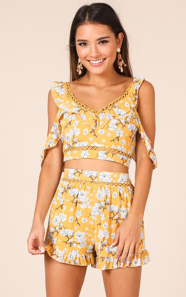 0c87c042b4 Erica Two Piece Set In Yellow Floral in 2019 | sorority outfit inspo ...
