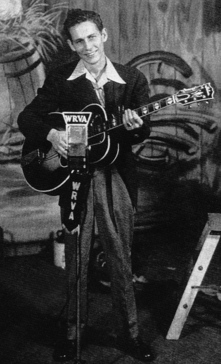 Chet Atkins C.G.P. and his Gibson L-10