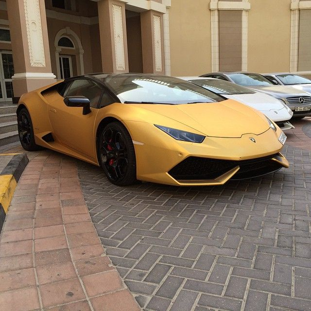 brushed satin gold chrome lamborghini lambo huracan spotted lamborghinis pinterest satin. Black Bedroom Furniture Sets. Home Design Ideas