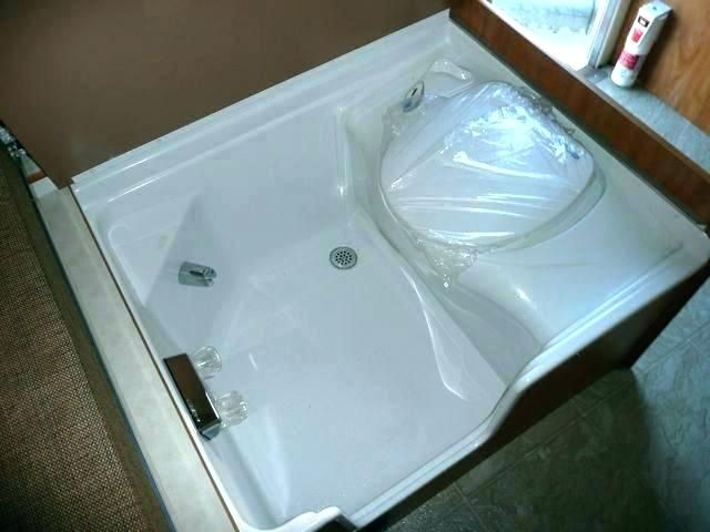 Built In Squat Toilet With Shower Tray Kamar Mandi Dekorasi Rumah Dekorasi