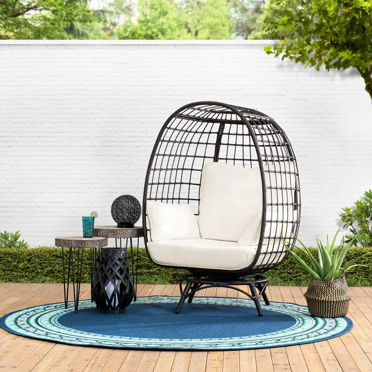 Wellow Baytree Egg Swivel Patio Chair with Cushions in