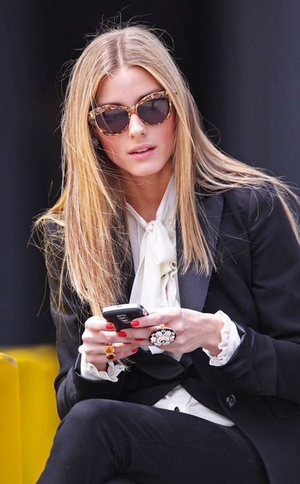 Olivia Palermo=fashion icon... lovin the shades