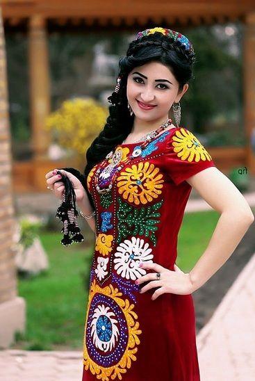 Persian girls in Chakan dress