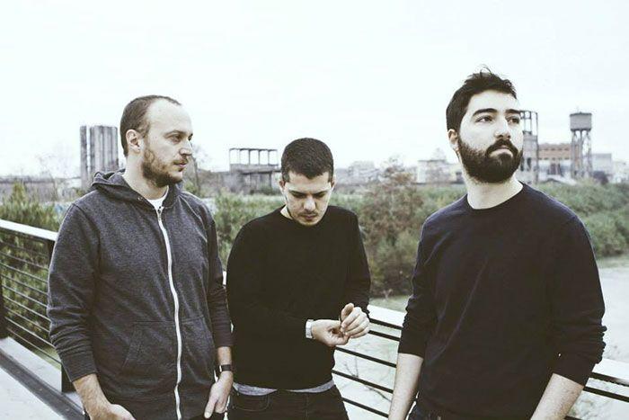 Cosa ascoltano i YOUAREHERE mentre sono in tour? Ascolta il loro Mixtape Furgone. #music #playlist