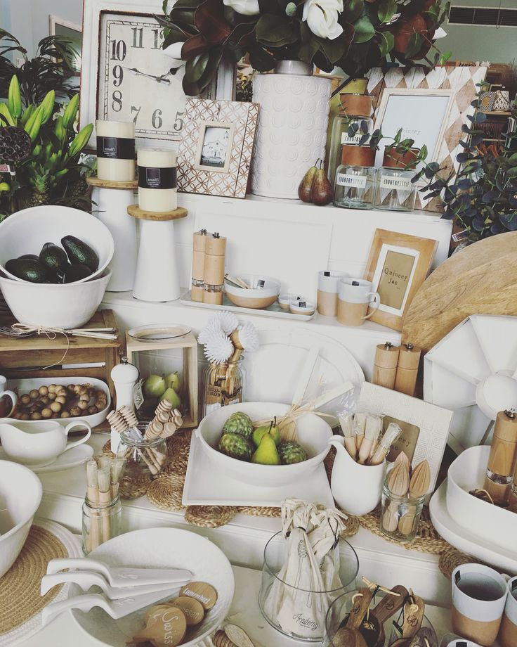 #kitchen #white #classic #wood #gifts #homedecor #quinceyjac